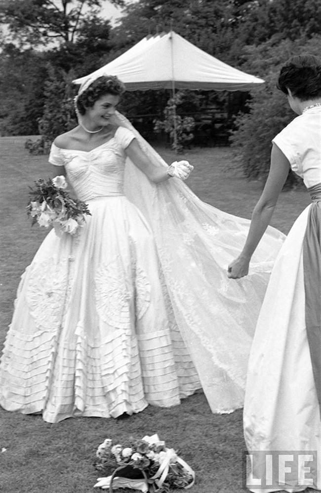 Фото свадебные платья жаклин