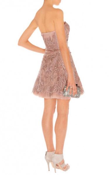 Карен миллен бежевое платье