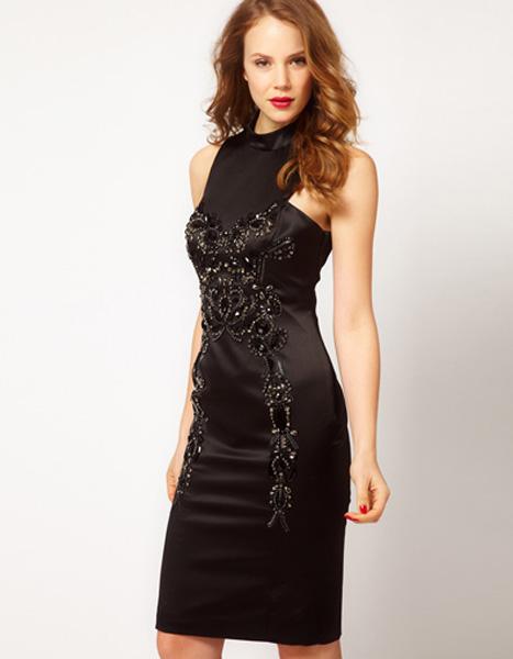 Фото чёрное платье расшитое