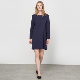 Платье-футляр с текстурным узором