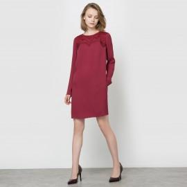 Платье прямое с длинными рукавами