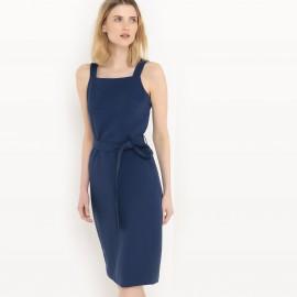 Платье однотонное длиной до колен с тонкими бретелями