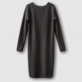 Платье-пуловер.