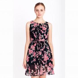 Платье из вуали с цветочным рисунком.