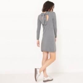 Платье из трикотажа с бантиком сзади