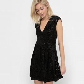 Платье с маленькими рукавами