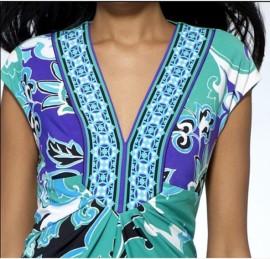 Бирюзовое платье с V-образным вырезом Emilio Pucci
