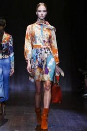Цветное шелковое платье с длинными рукавами Gucci