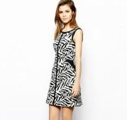 Черно-белое короткое полосатое платье Asos