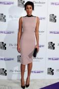 Нежно-розовое платье с воротником стоечкой Victoria Beckham