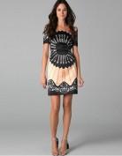Стильное черное короткое платье из шелка Anne Klein