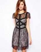 Нежнейшее черное кружевное платье Asos