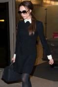 Повседневное черное платье с белым воротником Victoria Beckham