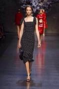 Великолепное черное платье в белый горошек Dolce and Gabbana