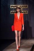 Стильное красное платье с v-образным вырезом декольте Elisabetta Franchi