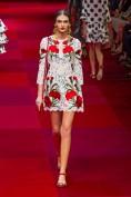 Белое кружевное платье с цветами Dolce and Gabbana