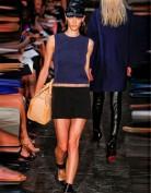 Короткое летнее платье свободного кроя Victoria Beckham