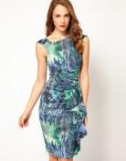 Бирюзовое платье с абстрактным принтом Asos