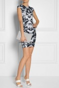 Короткое платье с необыкновенным принтом из птиц Roberto Cavalli