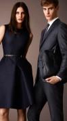 Модное платье темно-синего цвета Burberry