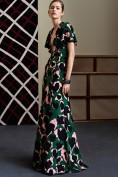 Длинное зеленое платье с глубоким декольте Gucci